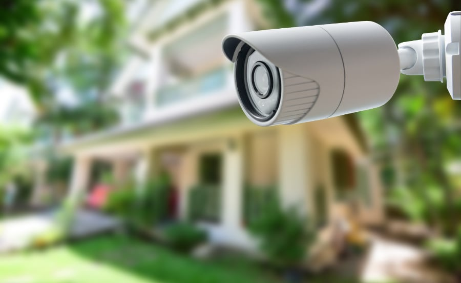 Outdoor camera in St. Louis